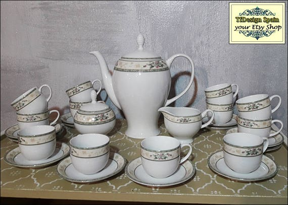 Porcelain coffee service , Porcelain coffee set for 12 persons, Porcelain coffee pot set, White porcelain coffee cups, NEVER USED !!