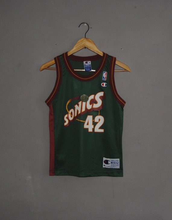 Vintage Seattle Supersonics 42 Vin Baker Champion Jersey size  f3683143f