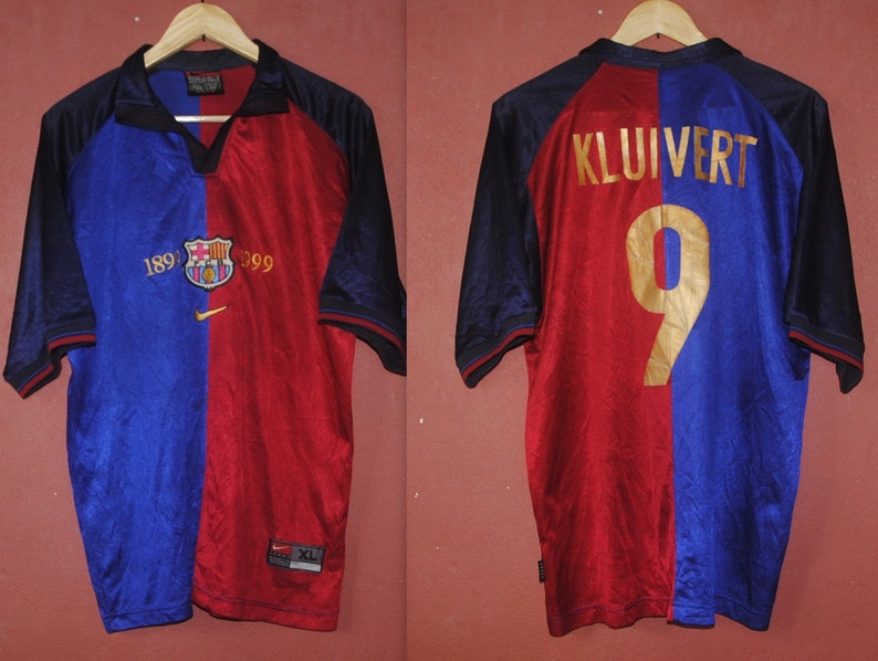 fb075c941 Vintage BARCELONA FC Kluivert Holland Nike Home Jersey 9 size
