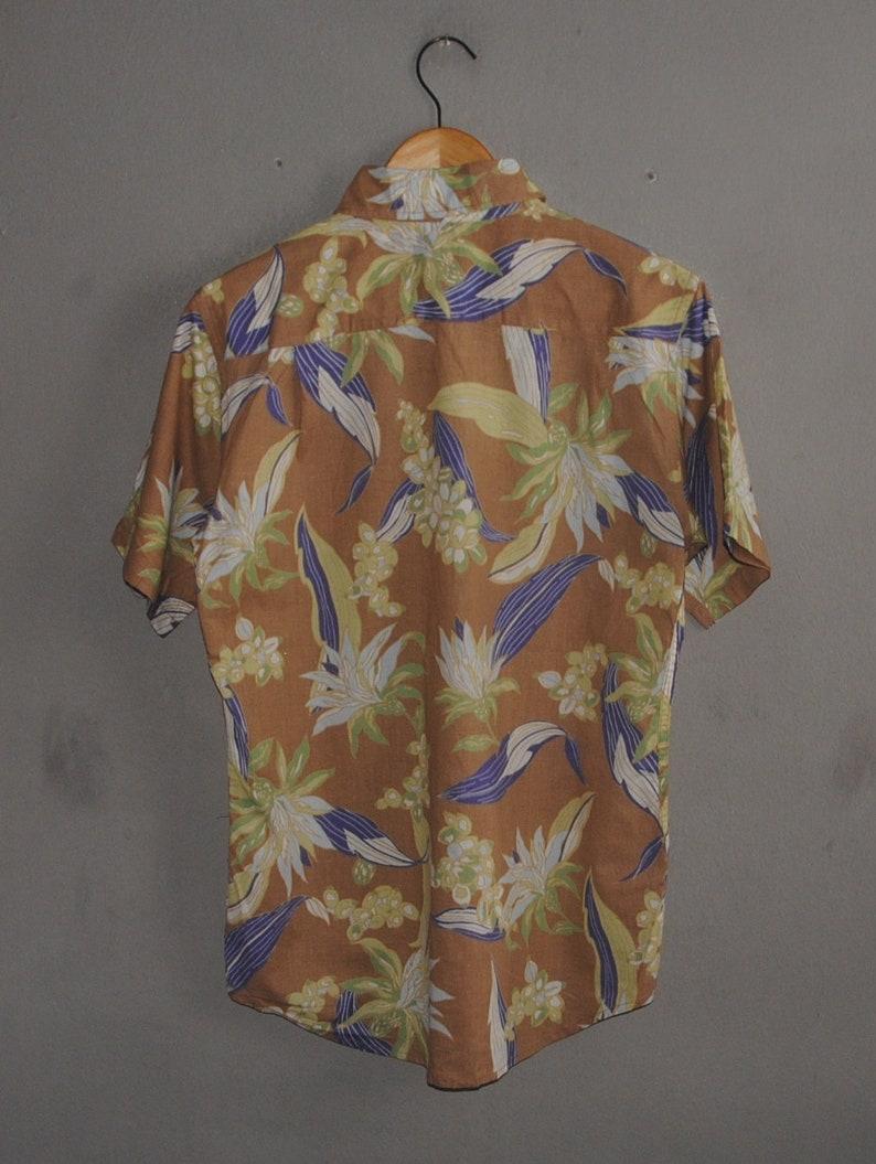 Vintage Ralph Evans Hawaiian mens button down shirt size S-M  1990s Hawaii floral motive Abstract beach Party Surf Vacation brown shirt