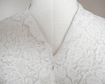 Vintage 1940s/50s lace blouse