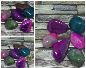 Tumbled Banded Agate,  One Piece, Crystal Healing. Beautiful Colours