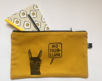 zipper pouch | pencil case | make-up bag | cosmetics bag | hand printed | project bag | rubber stamp | llama | animal design