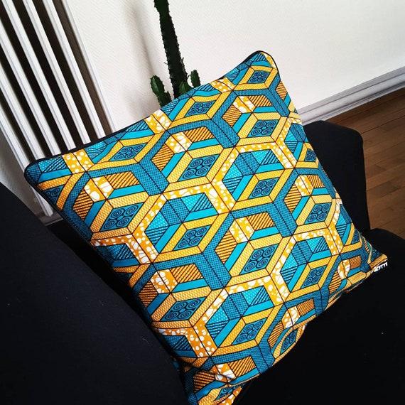 articles similaires housse de coussin en tissus wax color e 30x30 40x40 60x60 ou sur mesure. Black Bedroom Furniture Sets. Home Design Ideas