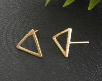 Gold Plated Triangle Earrings, Geometric Triangle Stud, Geometric Earrings, Gold Plated Earrings, Minimal Earrings Studs,  Geometric Jewelry