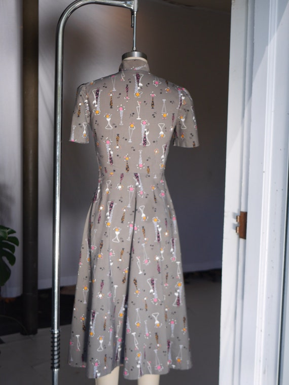 1940s Atomic Novelty Print Cotton Dress - image 6
