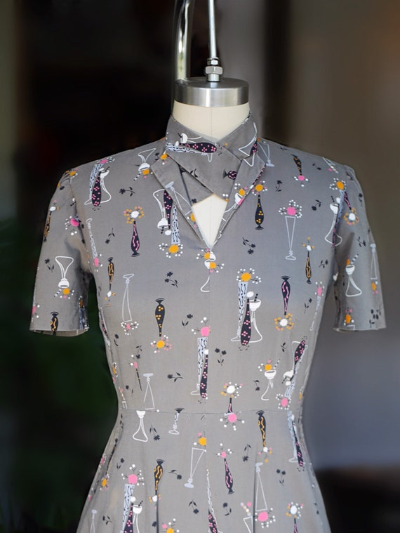 1940s Atomic Novelty Print Cotton Dress - image 4