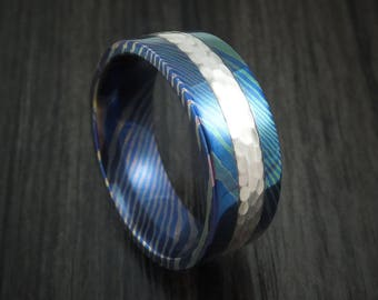Moku-ti ring with hammered silver inlay and heat treatment custom made band