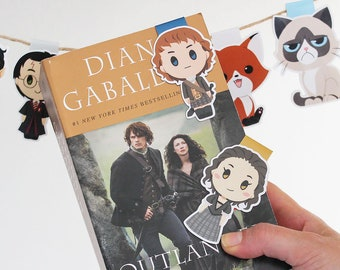Jamie and Claire - Magnetic bookmarks (BIG) || scottish, book lover gifts, outlander bookmark, bookish, sassenach, epikpage