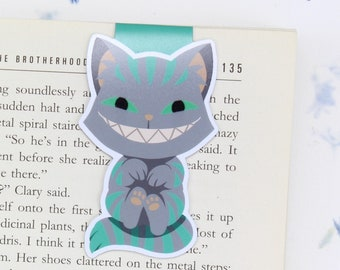 Cheshire Cat - Magnetic bookmark    alice in wonderland, lewis carroll, wonderland, alice in wonderland book, book lover gift, literary gift