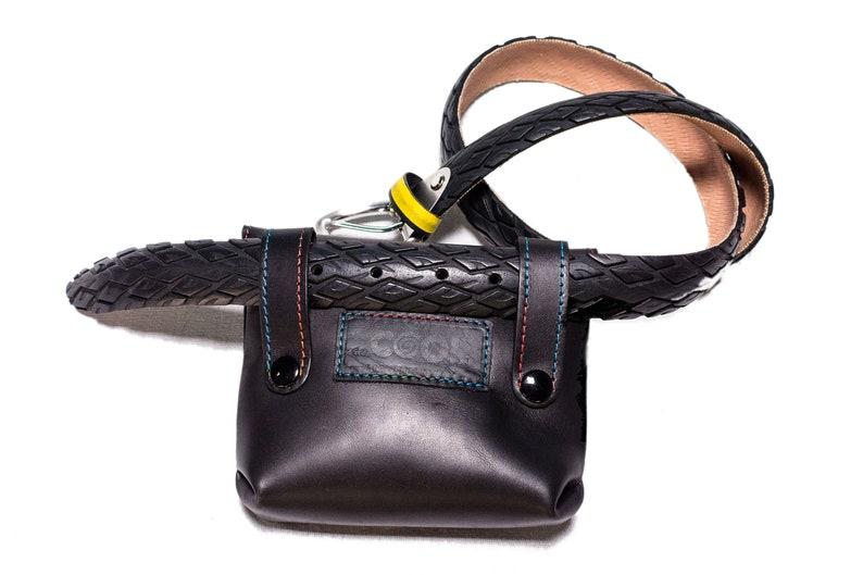 SPEED Piccolo borsello in pelle di vitello per il tempo libero e l/'uso in bicicletta. Da agganciare alla cintura