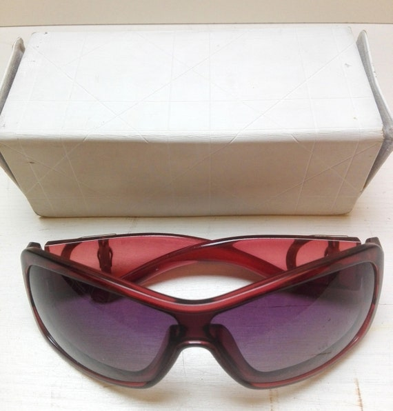 Vintage bordeaux sunglasses Dior with original bo… - image 6