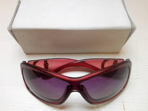 Vintage bordeaux sunglasses Dior with original bo… - image 5
