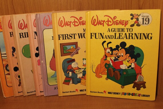 Walt Disney S Learn Read Library Bundle Of 7 Illustrated Hardcovers Favorite Disney Characters Collectible Children S Learning Books
