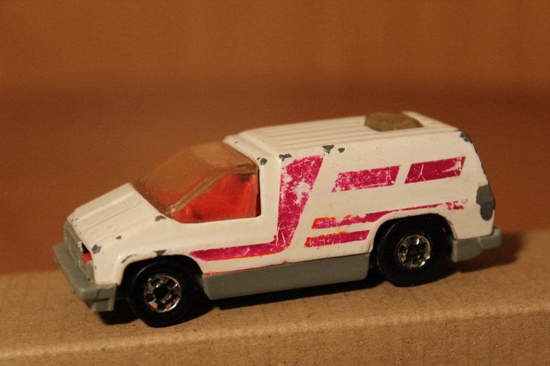 1978 Hot Wheels Van ~ India ~ Scale 1:64 ~ Clear Windows ~ Red Interior ~  Original Wheels~ Collectible Early Model ~Suitable for Restoration