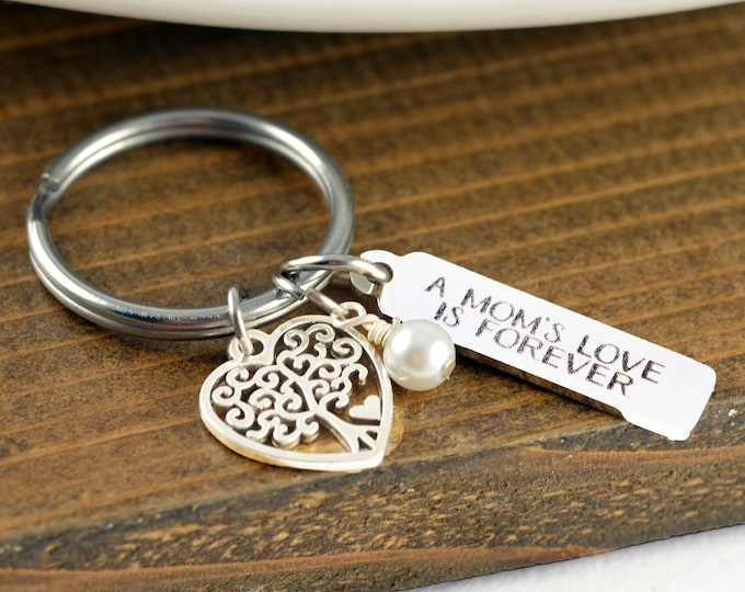 A Mothers Love is Forever, Mom Gift, Gift for Mom, Mother Daughter, Mom Key Chain, Mothers Day Jewelry, Mothers Day Gift