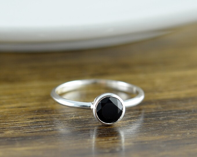 Sterling Silver Round Black Onyx Ring, Black Onyx Ring - Boho Ring - Boho Jewelry - Gemstone Ring - Solitaire Ring - Stacking Rings
