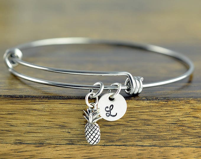 Personalized Pineapple Bracelet, Initial Pineapple Bracelet, Sterling Silver Pineapple Bracelet, Pineapple Bracelet,Pineapple Charm Bracelet