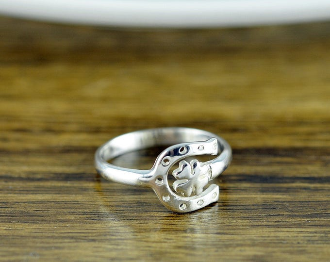 Four Leaf Clover Ring - Horseshoe Ring- Clover Ring- Adjustable Ring - Sterling Silver Ring - Sterling Silver Shamrock Ring- Plant Jewelry