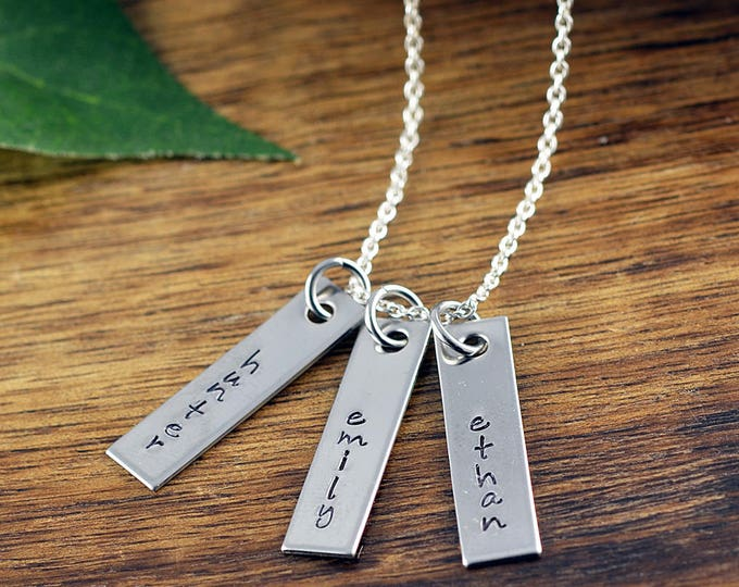 Mom Gift,  Mother Necklace, Name Necklace Silver, Silver Bar Necklace, Silver Name Plate Necklace, Engraved Necklace, Gift for Mom