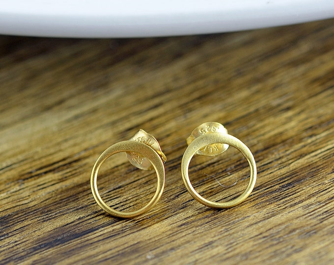 stud earrings - small circle post earrings - gold studs - small studs - minimalist gold earrings