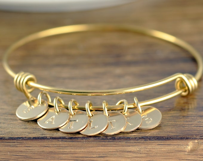 Initial Gold Bracelet, Initial Jewelry, Birthday Gift for Mom From Daughter Bracelet for Women With Charms Initial Bracelet for Mom