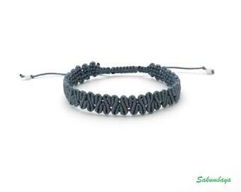 Bracelet, macrame, gray, zigzag, weaving