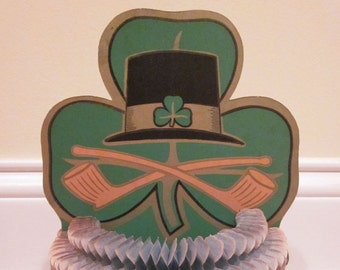 Vintage Luhrs St. Patrick's Day Leprechaun Hat with Pipes Fold Out Table Decoration