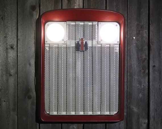 Farmall International Harvester Tractor Grill Vintage Wall Art working headlights/ Farmhouse Chic/ Man Cave/ Wall Decor/ Restaurant/ Farmer