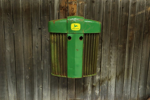 John Deere Tractor Grill - FarmHouse -Rust - Tractor Grill Wall Art - Garage - Man Cave - Farmer - Apartment - Restaurant - Bar