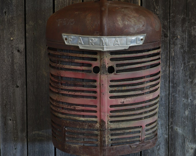 Rustic Farmall H Tractor Grill Wall Hanging w/ light - Rust - Man Cave - Hipster Apartment - Garage - Shop - Living Room - Wall Art - Farmer
