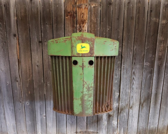 John Deere Tractor Grill - FarmHouse -Rust - Tractor Grill Wall Art - Garage - Man Cave - Farmer - Apartment - Restaurant - Country Chic