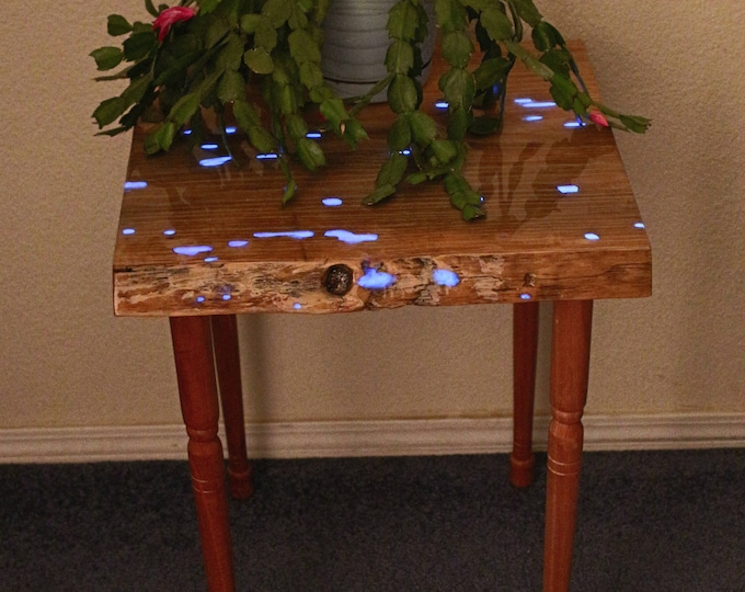 Glowing Epoxy Resin Entryway Table - Night stand - Plant Stand - Purple Blue Glow in the Dark -  Apartment -House - bed side table - college
