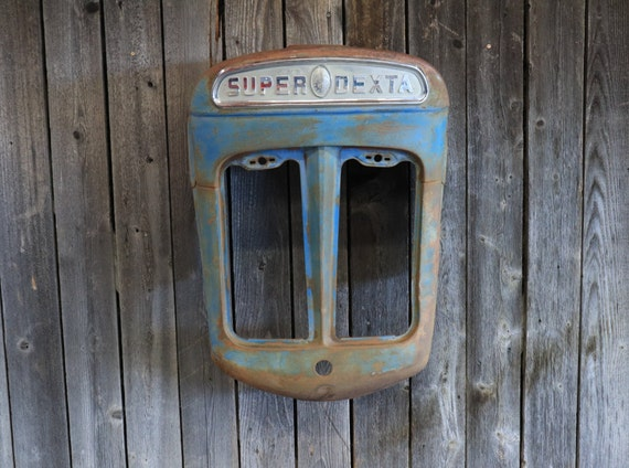 Fordson Tractor Grill - Patina - Rust - Ford - Wall Hanging - Tractor Grill Wall Art - Shop -  Farmer -Man Cave - Country - Bar - Restaurant