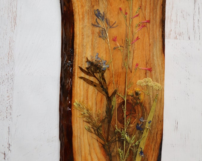 Real Wildflowers from Idaho on live edge pine wood to hang on your wall. Country Chic Live Edge Botanical Art!