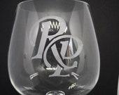 Trauzeugen Geschenk - Monogramm oder Initialen graviert in Glas, Glaskunst, gravierte Gläser, Geschenk, Geschenkidee