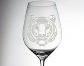 Etched custom wine glass with a great tiger head, everybody will love! Explore now!