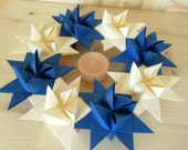 Winter wreath made of 8 moravian paper stars, beautiful door and wall decor for winter, royal blue and creme colored wreath
