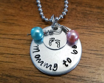 Mommy to be, mom necklace, mom jewelry,  new Mom, new mother, baby shower gift, new Mom jewelry gift, mom gift, baby shower idea, mommy gift