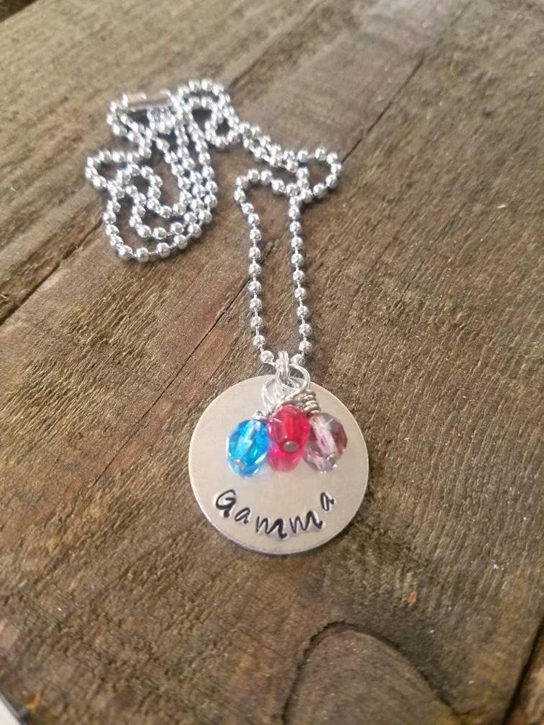 baby shower idea new Mom jewelry gift kids names charm mom necklace Name charm mom jewelry baby shower gift mom gift heart charm