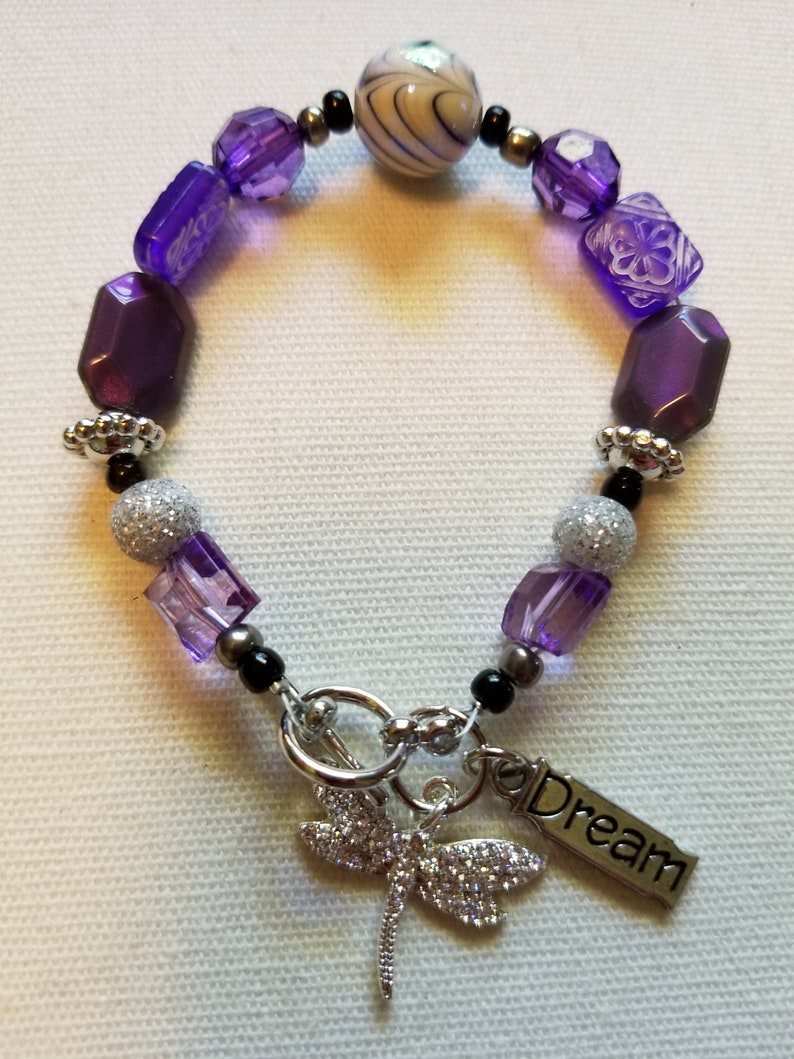 a5d54a1c68716 Handmade Beaded Bracelet with Dragonfly and