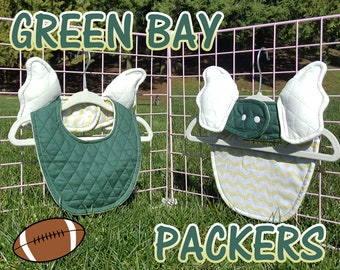 Green Bay Packers baby bib with wings! Durable absorbent baby accessory. Green Bay baby shower gift for Packers Mom Dad Baby. Flybaby sport