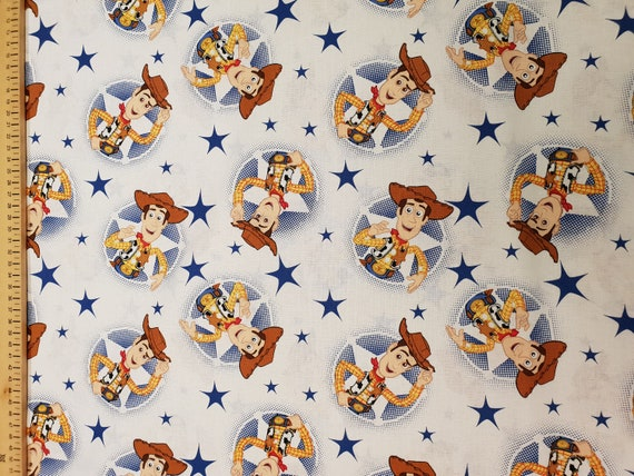 Dumbo elephant fabric 100/% COTTON METRE MATERIAL Timothy mouse flying Disney