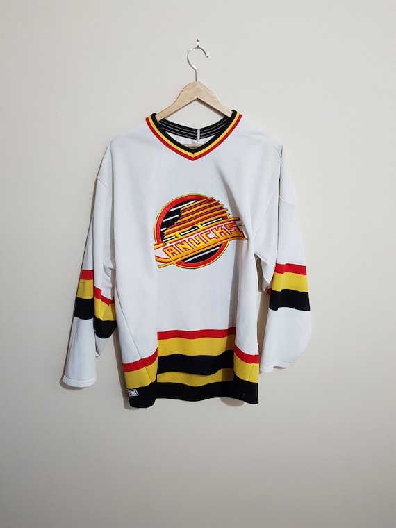 hot sale online c40fc a36eb Vintage canucks jerseys thrashed, vintage vancouver canucks jersey, 90s  jerseys, Pavel Bure, nhl jerseys