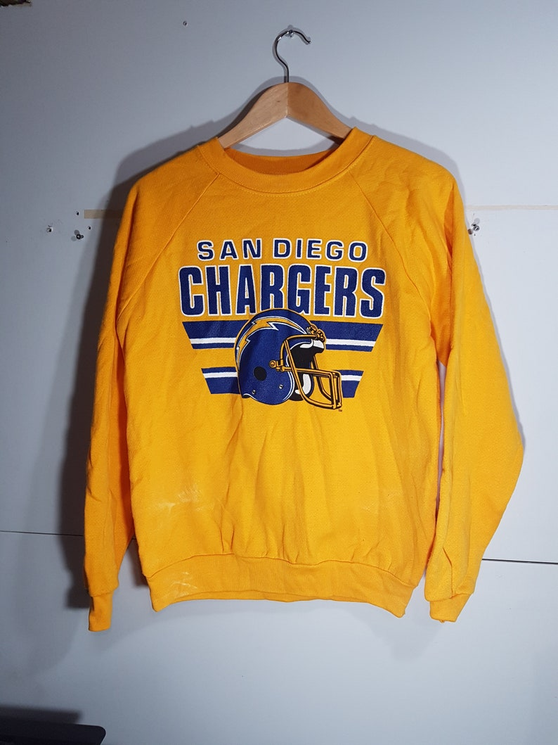 180271a2 Vintage San Diego Chargers crewneck, yellow chargers sweater, rare,  distressed, 80 s clothing, size men's M