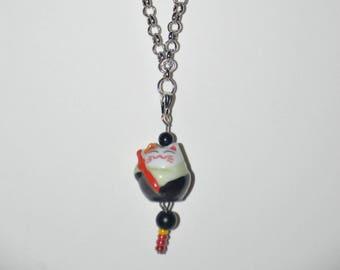 Japanese Lucky cat, Maneki-neko,  招き猫 necklace. Color black, red. Kawaii.