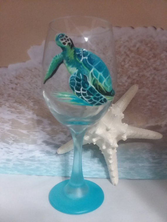Set of 2 Handpainted Endangered Sea Turtle Glasses 20 oz.