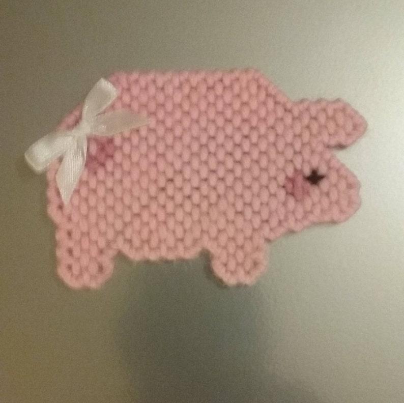 Plastic Canvas Pig Magnet