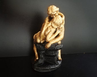 The kiss sculpture in metallic gold and black, loving couple, lovers, kissing couple, lovers gift, romantic gift, by waxingmiracle.
