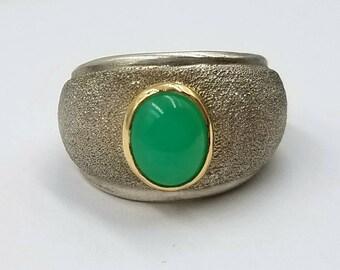 AAAA Australian Chrysoprase Ring, 18k Gold